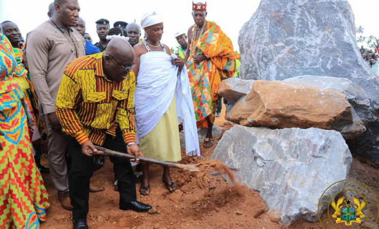 President Akufo-Addo Cuts Sod For Construction Of Axim Sea Defence Wall